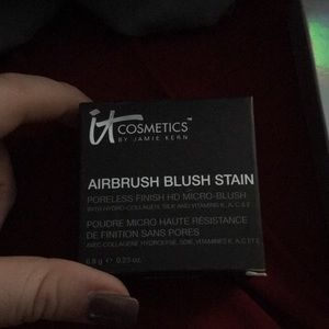 It Cosmetics Airbrush blush stain